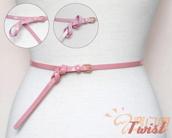 皮制腰带的14种时尚系法 (11)